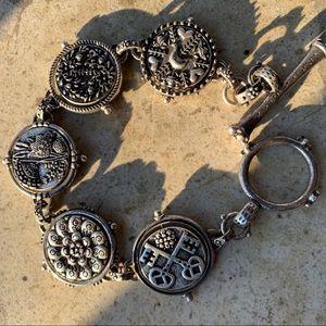 """Lucky Brand 7.5"""" spinner bracelet."""
